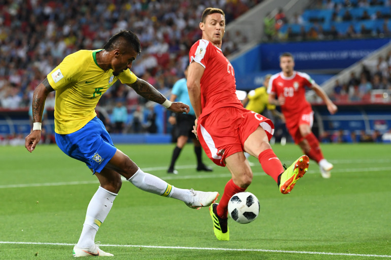 Paulinho avec le Brésil le 27 juin 2018 à Moscou