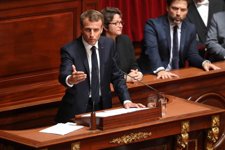 Emmanuel Macron prononce un discours devant le Parlement réuni en congrès à Versailles, lundi 9 juillet 2018