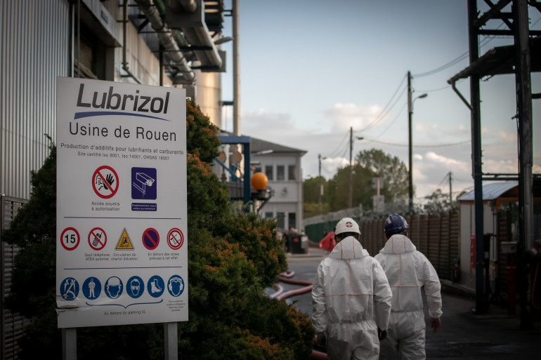 De nouvelles analyses ont été menées à l'usine Lubrizol de Rouen, après l'incendie