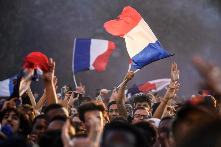 Des supporteurs des Bleus à Paris, lors de la rencontre France-Belgique du 10 juillet 2018