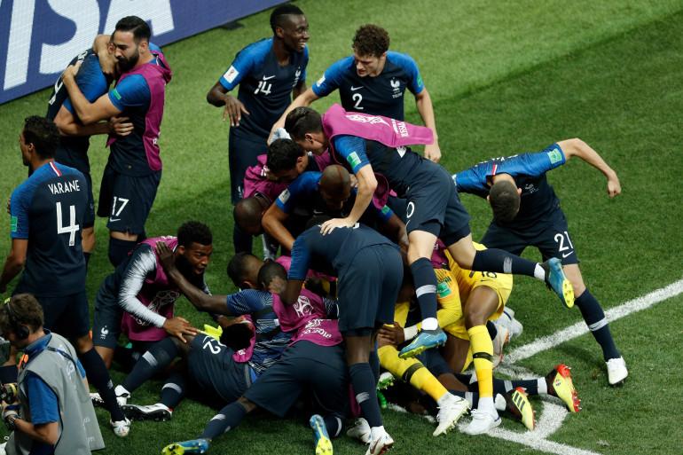 Les Bleus fêtent un but le 15 juillet 2018