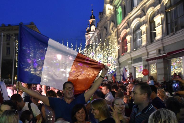 Des supporters français à Moscou le 15 juillet 2018