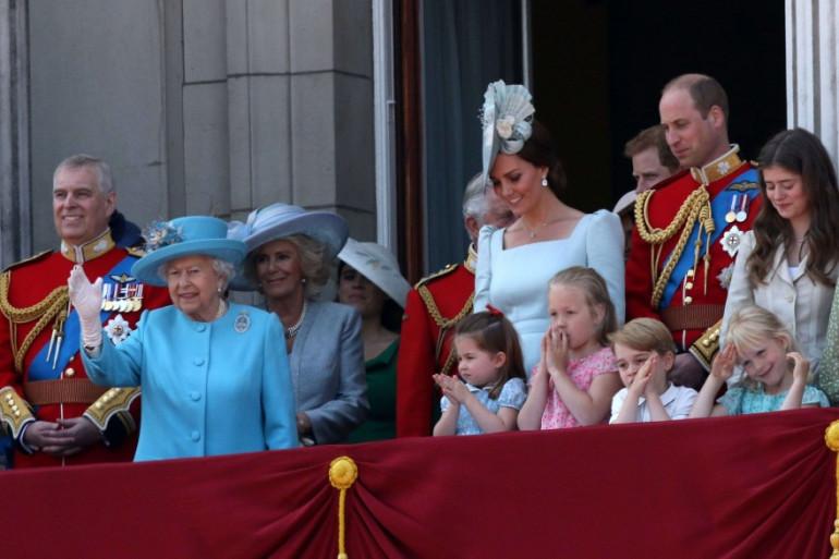 """La famille royale Britannique lors de la cérémonie """"Trooping the Colour"""" en mai dernier"""