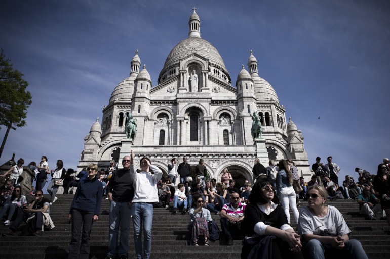 La basilique du Sacré-Cœur de Montmartre, située au sommet de la butte Montmartre, dans le XVIIIe arrondissement de Paris (photo d'illustration).