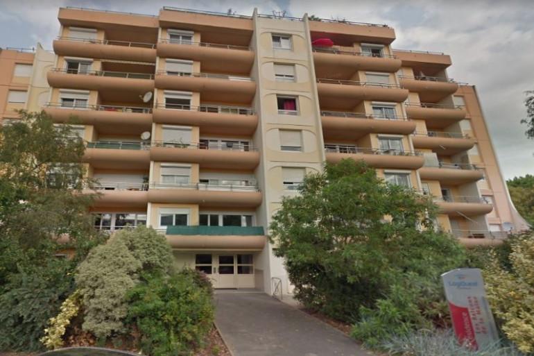 Une fillette de 2 ans chute du cinquième étage à Angers