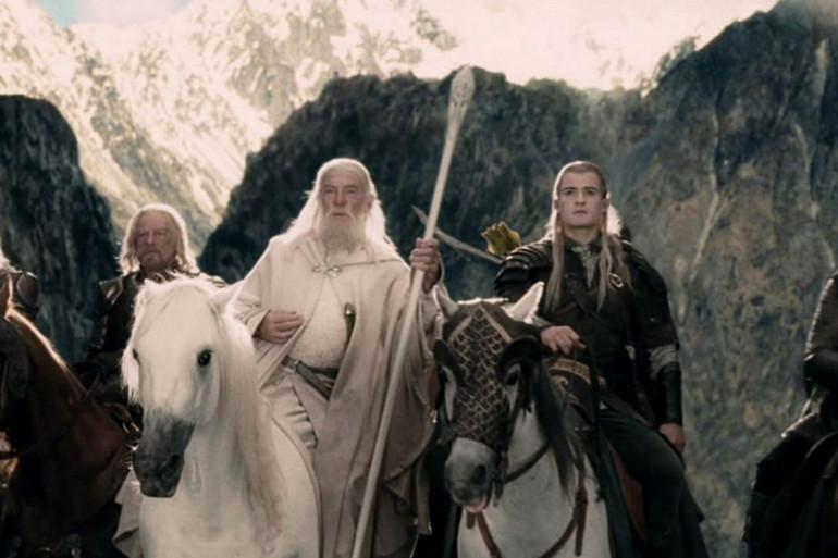 """Gandalf et Legolas dans """"Le Seigneur des Anneaux : Le Retour du Roi"""""""