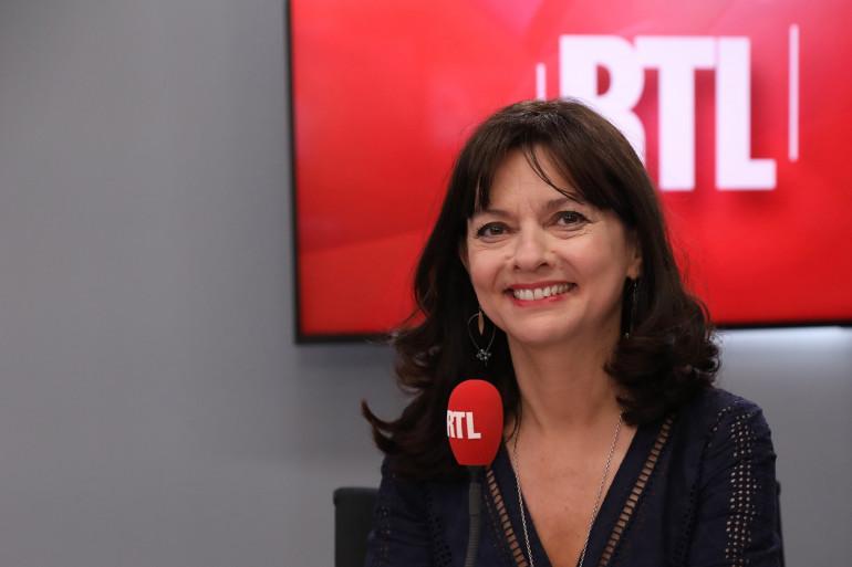 """Caroline Dublanche présente """"Parlons-Nous"""" sur RTL de 22h30 à 1h30"""