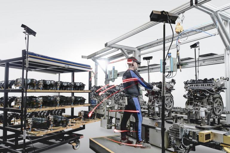 Ford améliore l'ergonomie des postes de travail