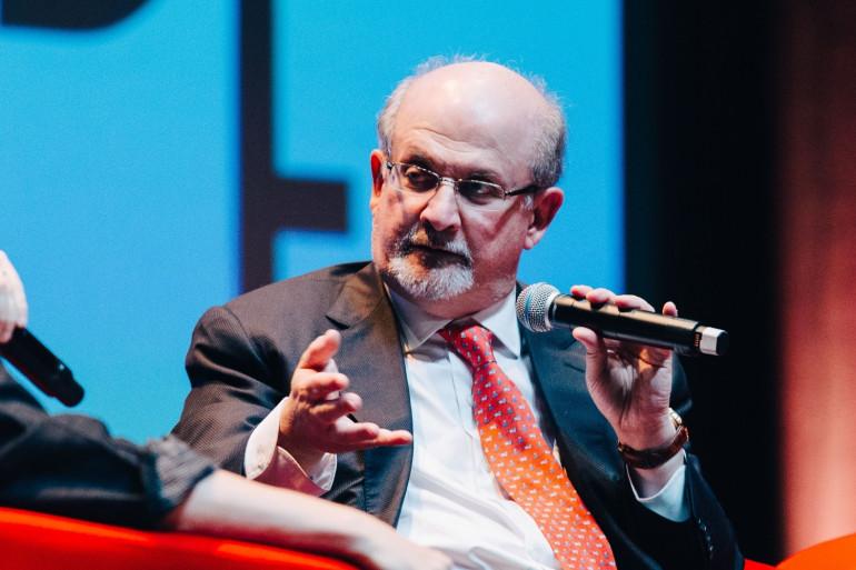 Salman Rushdie est un écrivain britannique