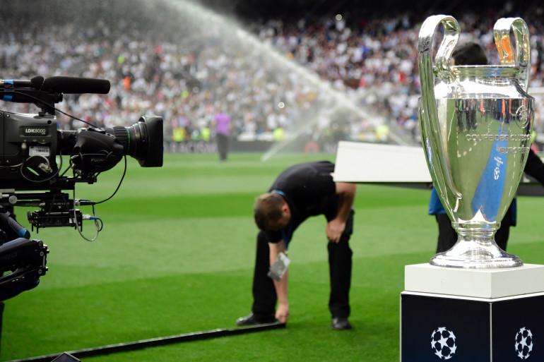 Le trophée de la Ligue des champions exposé à Madrid le 2 mai 2017