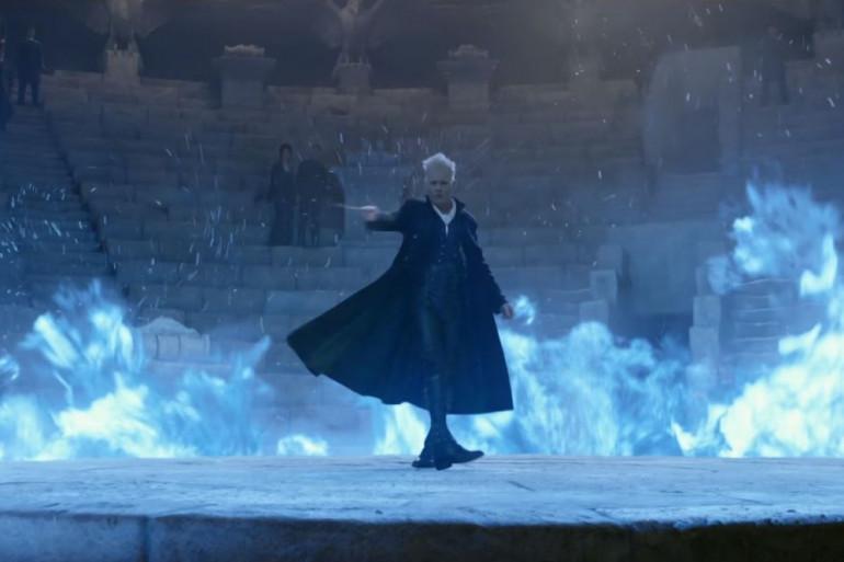 Gellert Grindelwald invoque des flammes bleues