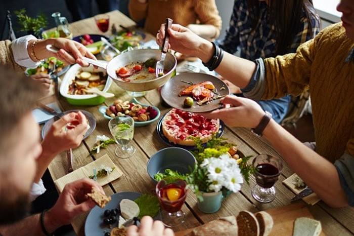 En quoi partager un bon repas est-il essentiel ?