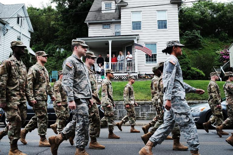 Un défilé de soldats américains dans le Connecticut, le 28 mai 2018