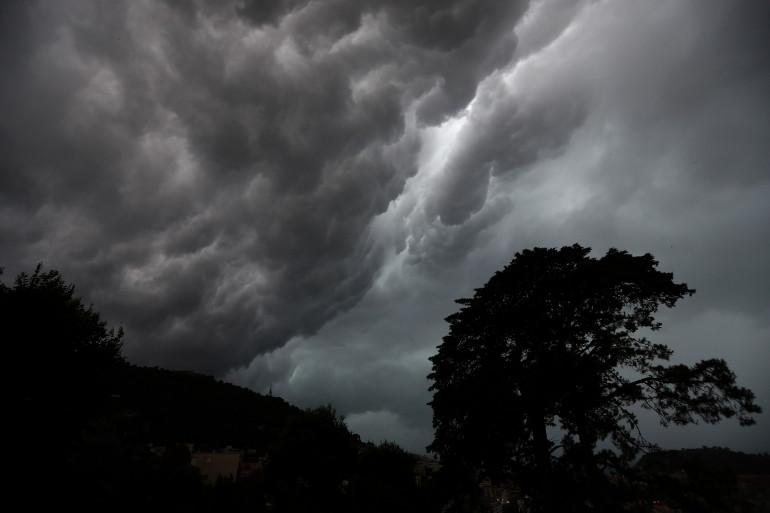 Un ciel gris (illustration)