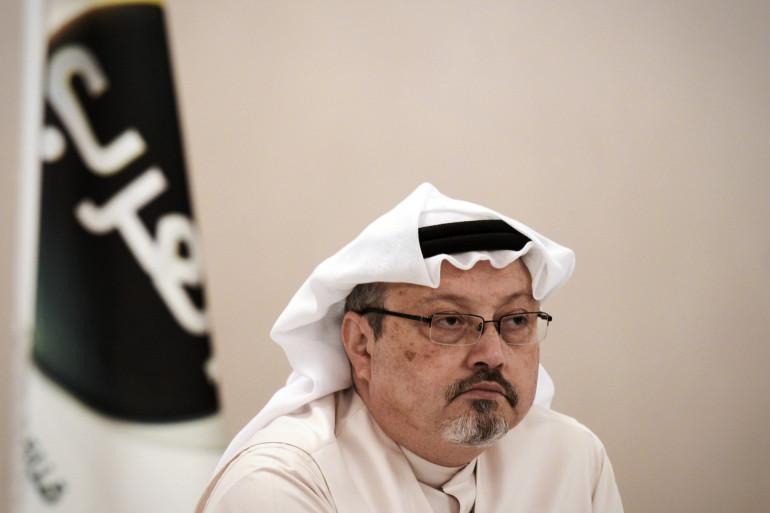 Le journaliste Jamal Khashoggi lors d'une conférence de presse, en décembre 2014