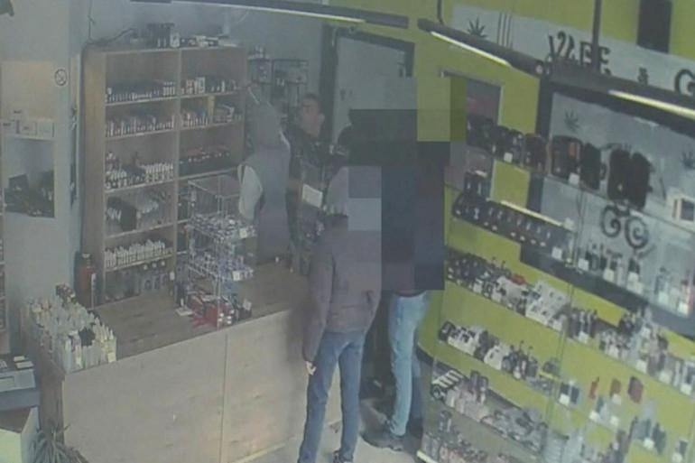 Belgique : un commerçant dit à des braqueurs de repasser plus tard