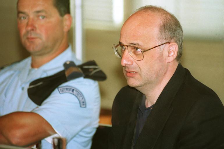 Jean-Claude Romand au moment de l'ouverture de son procès, le 25 juin 1996