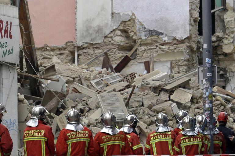 Au total, quelque 85 marins-pompiers étaient mobilisés après l'effondrement de deux immeubles à Marseille