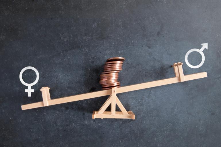 La majorité des Français et Françaises pensent que les actions du gouvernement ne suffisent pas dans la lutte contre les inégalités salariales