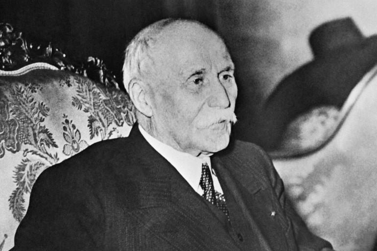 Un manuscrit du maréchal Pétain, ici le 1er janvier 1940, a été mis au jour par un historien amateur.