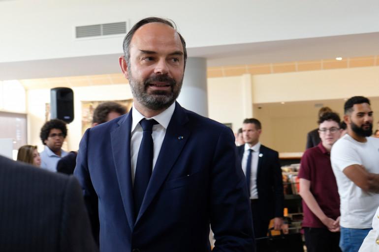 Carburants : Édouard Philippe va annoncer des mesures d'aide mercredi sur RTL