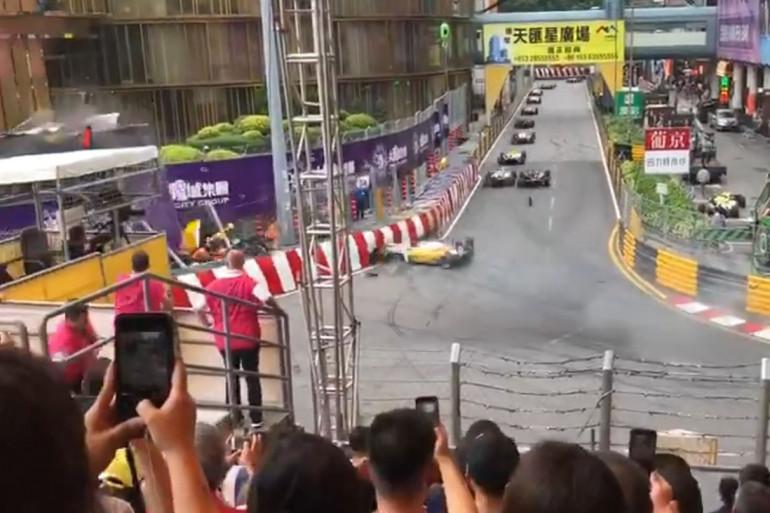 La pilote allemande de Formule 3 Sophia Flörsch, a eu un accident spectaculaire ce dimanche 18 novembre, lors du Grand Prix de Macao.