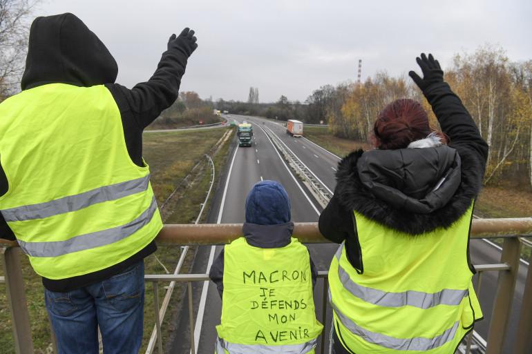 """Des """"gilets jaunes"""" à Montceau-les-Mines, le 21 novembre 2018"""