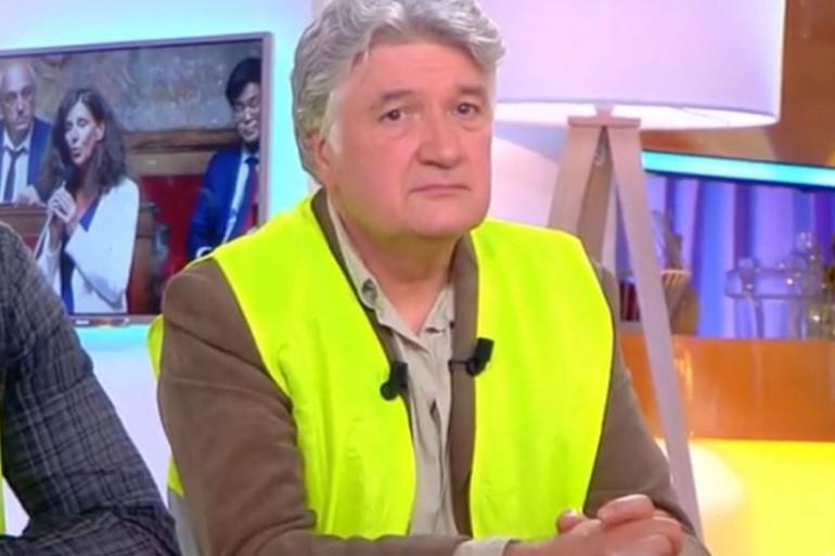 """Jean-François Barnaba sur le plateau de """"C à vous"""" sur France 5"""