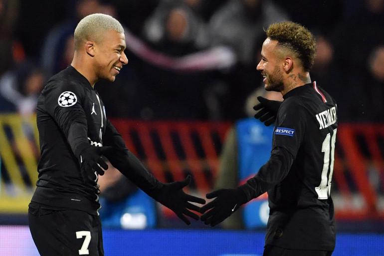 Kylian Mbappé et Neymar avec le PSG le 11 décembre 2018 à Belgrade