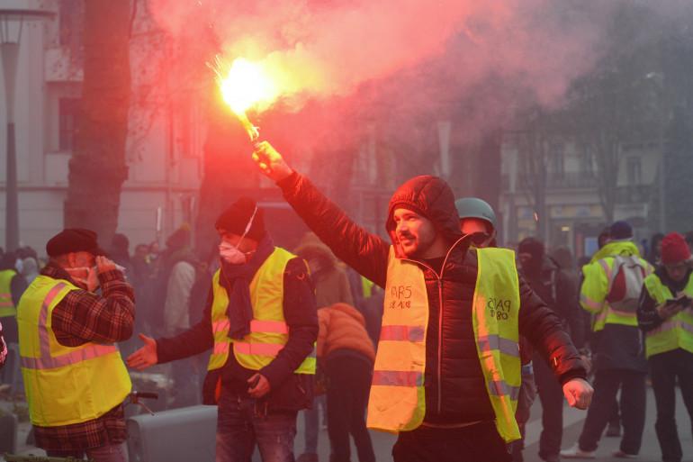 """Une manifestation de """"gilets jaunes"""" à Nantes, le 23 décembre"""