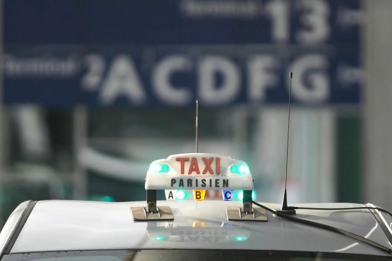 La course contre les taxis clandestins en région parisienne