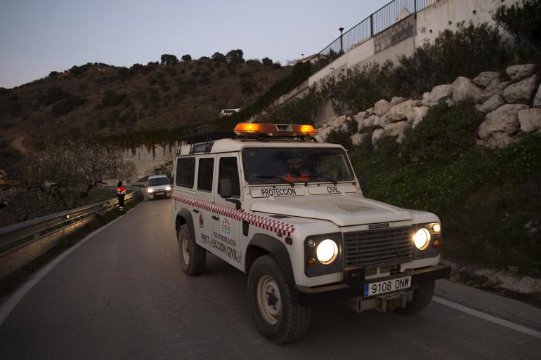 Des secours à Totalan, en Andalousie, pour retrouver le petit Julen, tombé dans un puits