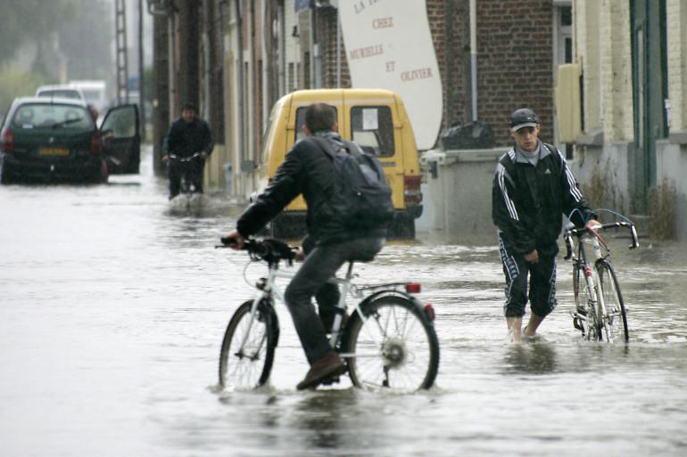 Le Nord est souvent victime d'inondations. Ici, à Hazebrouck, en 2005, l'eau est montée à 1,50 m à certains endroits (archives)