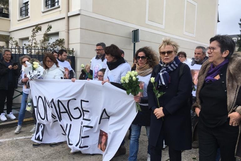 Marche blanche en hommage à Julie Douib à Vaires-sur-Marne
