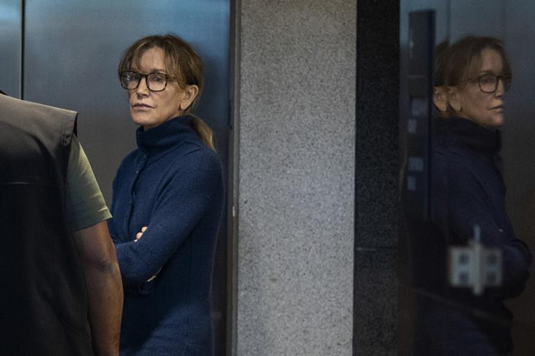 Felicity Huffman, actrice de Desperate Housewives, au tribunal de Los Angeles le 13/03/2019.