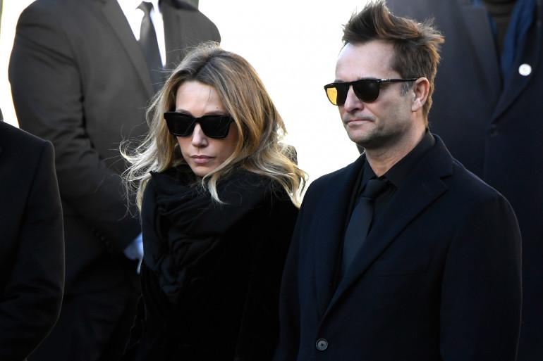 David Hallyday et Laura Smet à l'enterrement de leur père le 9 décembre 2017