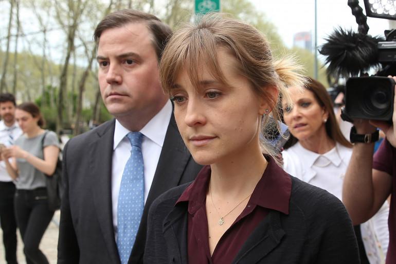L'actrice Allison Mack est incriminée par la justice américaine pour avoir été la responsable d'une secte sexuelle
