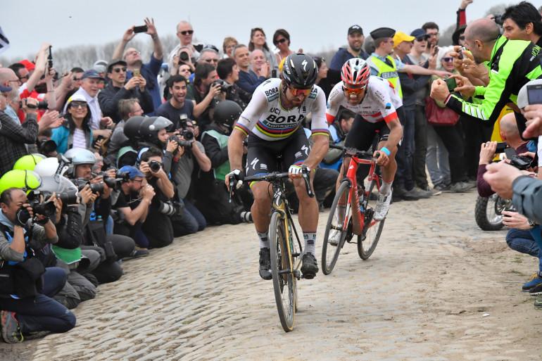 Peter Sagan en tête de Paris-Roubaix le 8 avril 2018