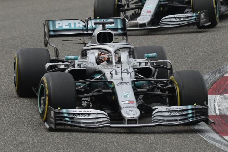 La Mercedes de Lewis Hamilton lors du Grand Prix de Chine le 14 avril 2019