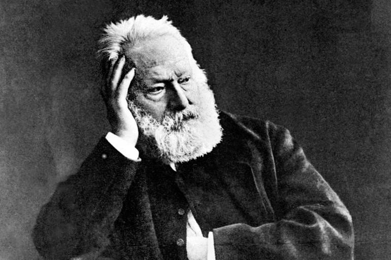 """Victor Hugo, représenté par Nadar, est l'auteur du chef-d'oeuvre """"Notre-Dame de Paris"""""""