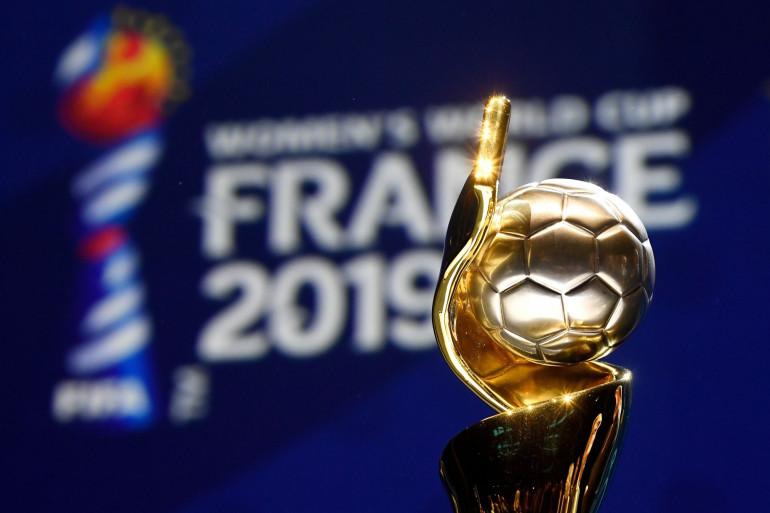 Le haut du trophée de la Coupe du Monde féminine