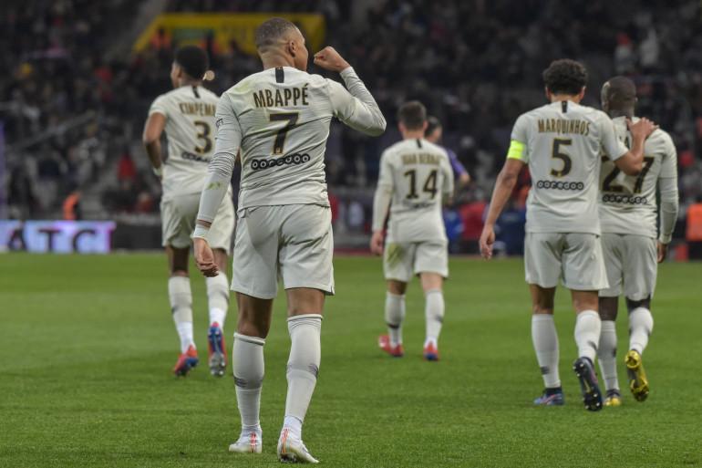 Mbappé et les Parisiens à Toulouse le 31 mars 2019