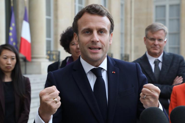 Emmanuel Macron dans la cour de l'Élysée, le 6 mai 2019