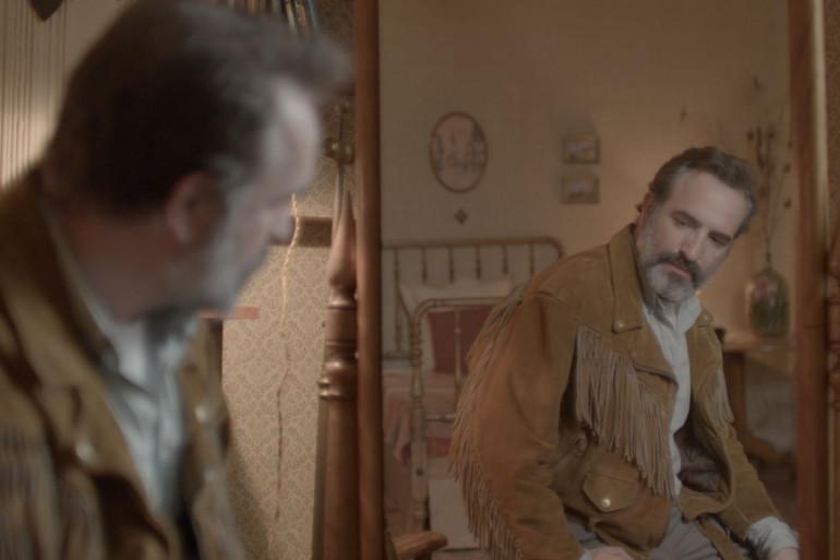 """Jean Dujardin dans """"Le Daim"""" de Quentin Dupieux"""