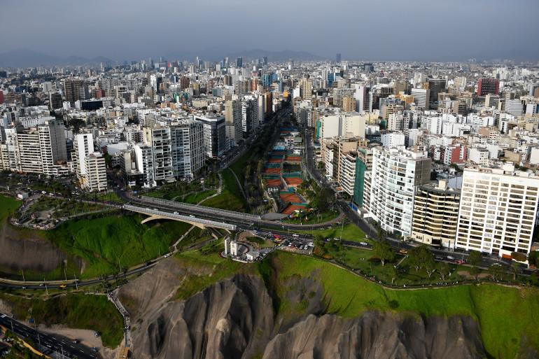 Une vue aérienne de Lima, la capitale du Pérou