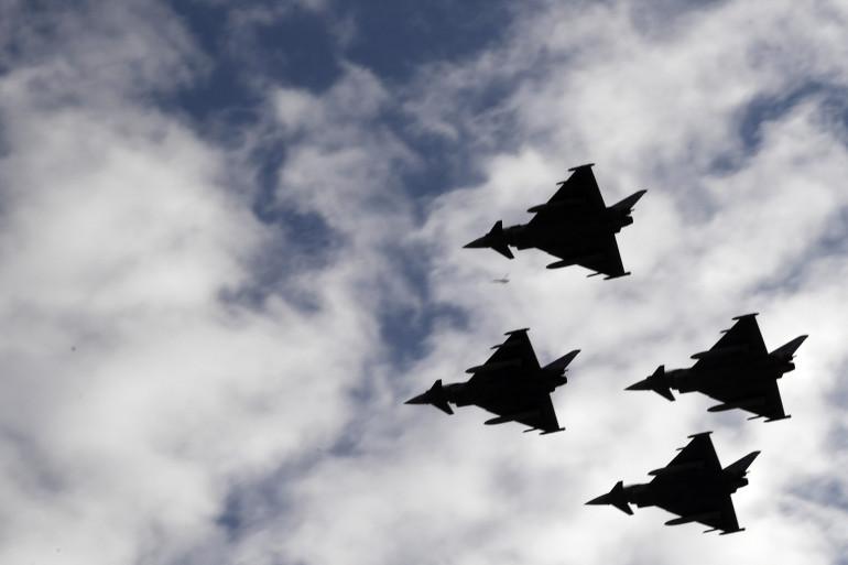 Des avions militaires (illustration)