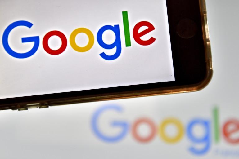 Le logo de Google sur un smartphone