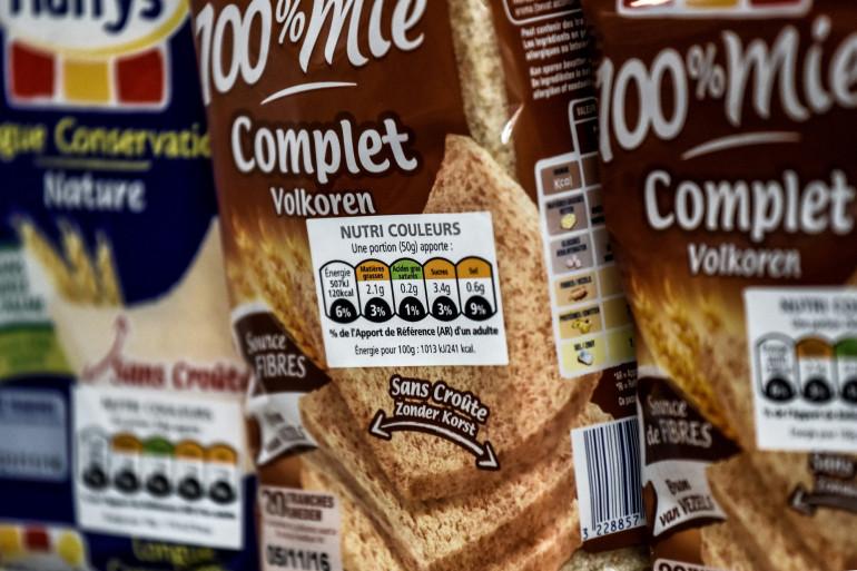 Les étiquettes permettent de fournir au consommateur une information simple et rapide concernant les qualités nutritionnelles de l'aliment