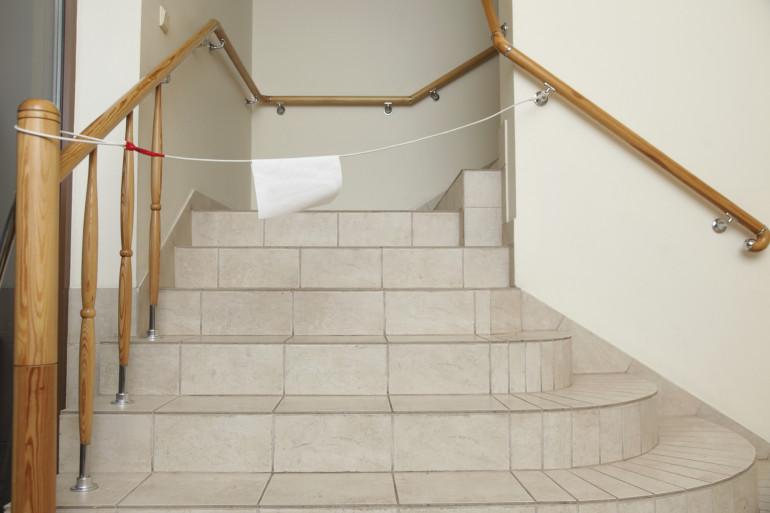 Avec la cuisine, les escaliers sont considérés comme l'endroit le plus dangereux d'une maison.