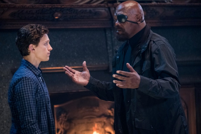 Peter Parker se fait remonter les bretelles par Nick Fury